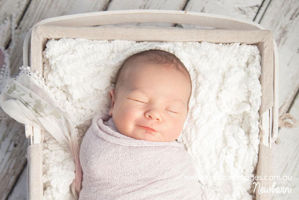 como dormir un bebe recien nacido