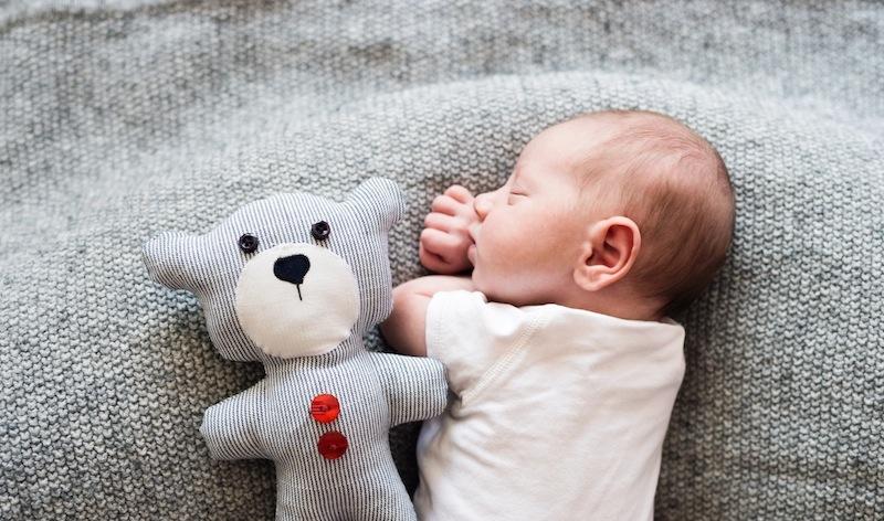 como acostar a un bebe recien nacido